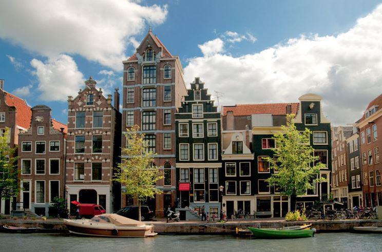 AMSTERDAM & RHINE RIVER CRUISE 2020