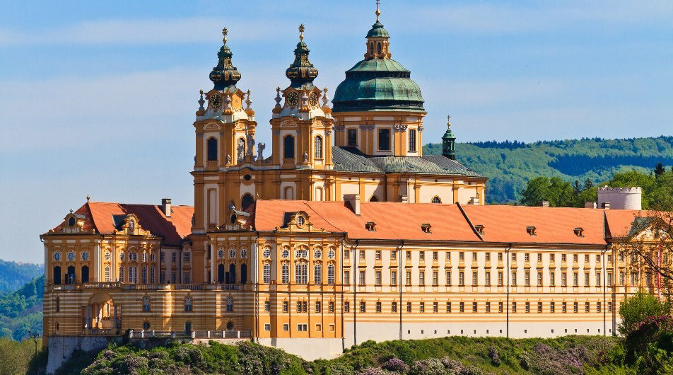 PRAGUE & DANUBE RIVER CRUISE 2021