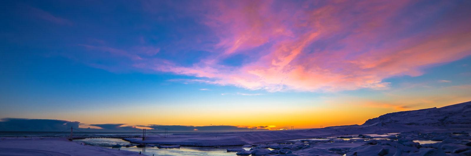 ENCHANTED ICELAND - LAND OF LUMINOSITY